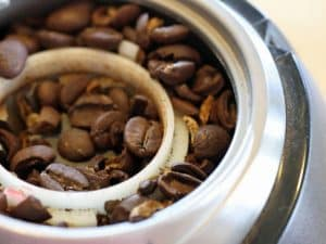 cleaning coffee grinder