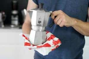 cleaning your moka pot